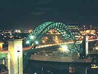 Tyne bridge, like